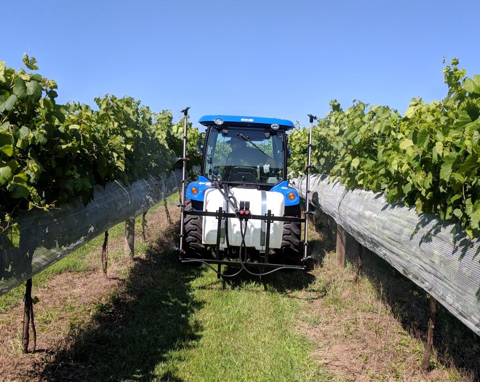 Vineyard 100 150 Gallon Sprayer Frost Inc